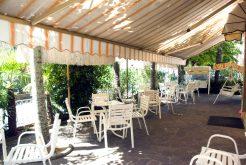 Giardino e Area Relax - Hotel Albergo Carezza Cervia 2 stelle